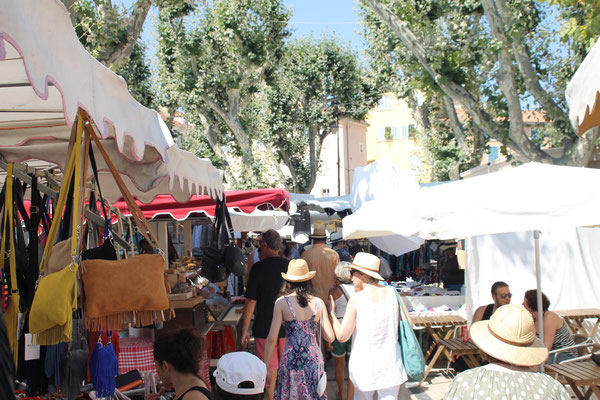 Samstag: Markttag in Hyères