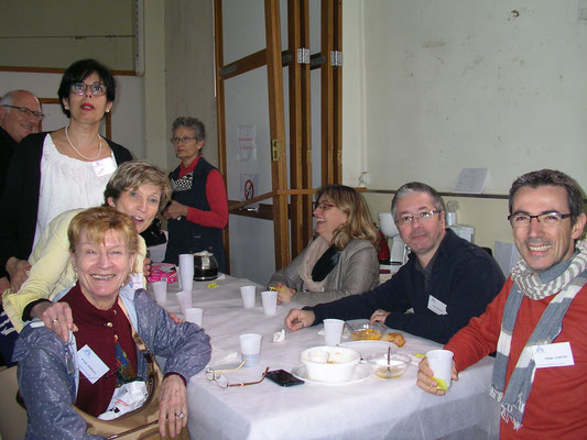 Astrologie Bordeaux - Catherine Hennequin et l'équipe de Clermont-Ferrand