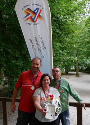 die Mannschaft Wasserschloss (Platz zwei) mit Thomas und Jeanette Stückelberger, Marcel Leupi aus Brugg/Schweiz