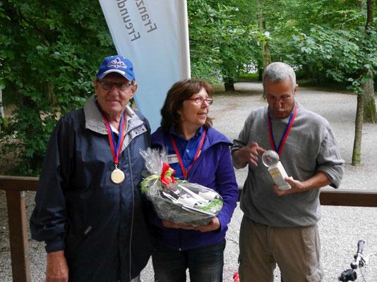 """Siegermannschaft """"Drei auf einen Streich""""  mit Leo Dittli, Kathrin Rommerskirchen und Alois Elsener aus Spreitenbach/Schweiz"""