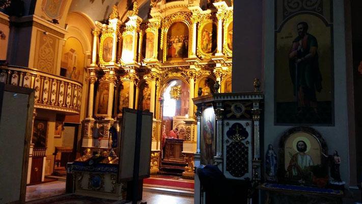 Teilnahme am Gottesdienst bei der ukrainisch-griechisch-katholischen Kirche