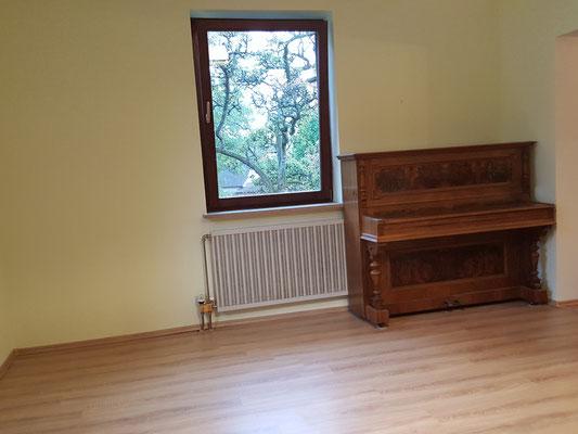 bodenbel ge bau pol. Black Bedroom Furniture Sets. Home Design Ideas