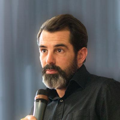 Dubois Régis  Professeur Le cinéma desnoirs américains entre intégration et contestation