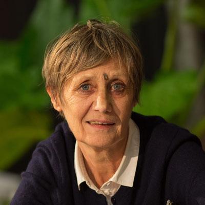Pieiller Evelyne  Journaliste écrivaine La naissance et le développement du TNP Un idéal d'emancipation