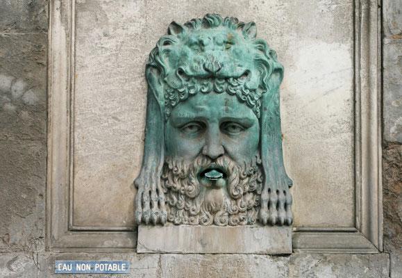 Brunnen in Arles