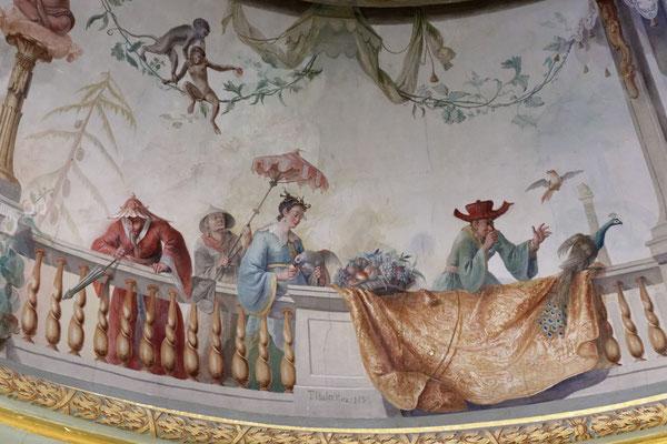 Deckenmalereien im Chinesischen Teehaus
