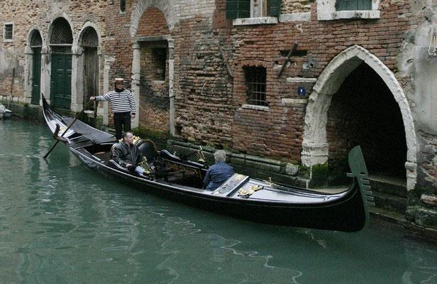 Altes Portal am Kanal