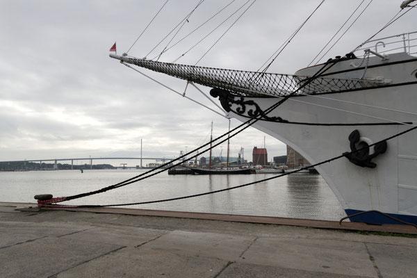 Gorch Fock I im Hafen von Stralsund