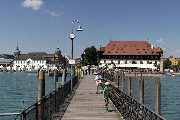 Konstanz, Hafenmole mit Blick auf das Konzil