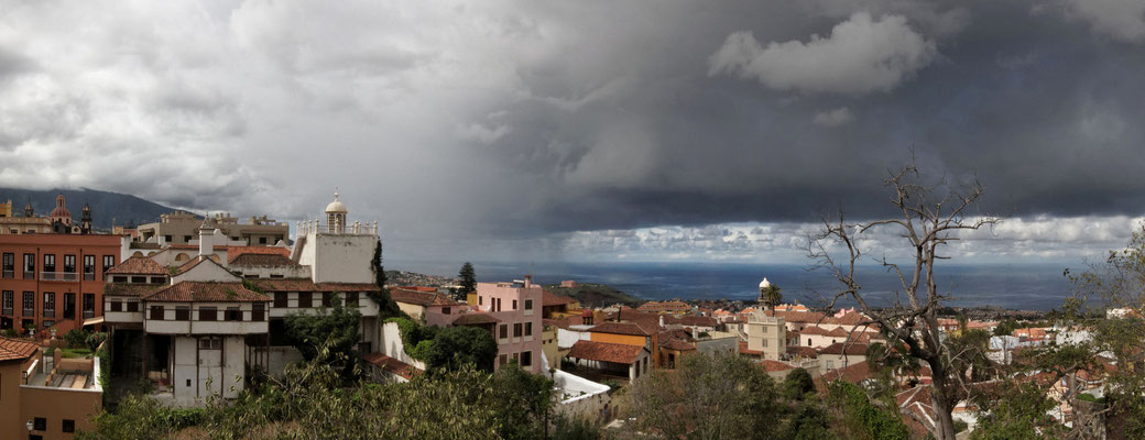Regenfront über La Orotava (Teneriffa)