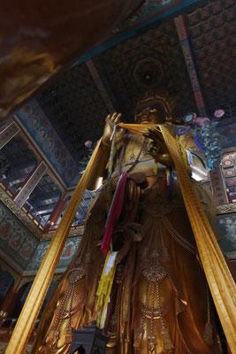 Lamatempel, 18m hoher Maitreya-Bodhisattva