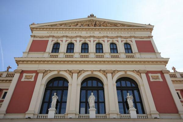 Fassade des Musikvereinsgebäudes