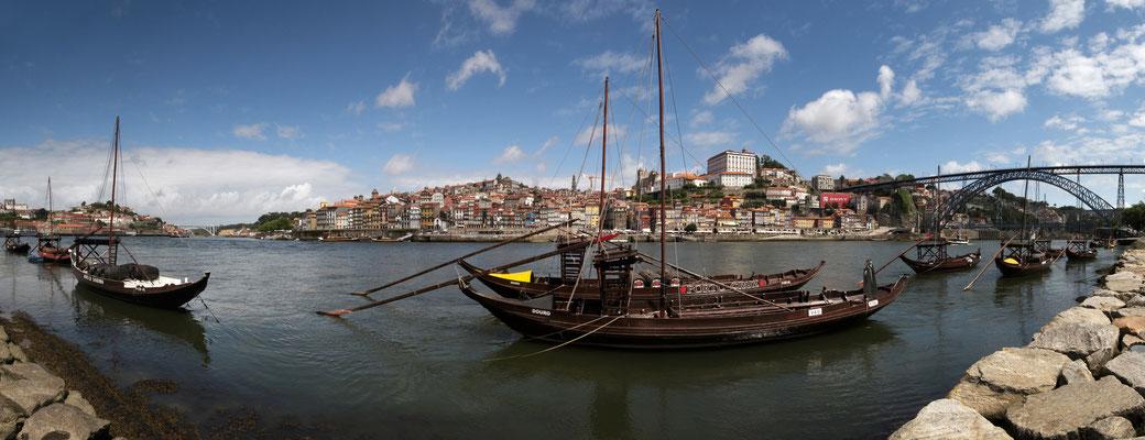 Blick auf die Altstadt von Porto (Portugal)
