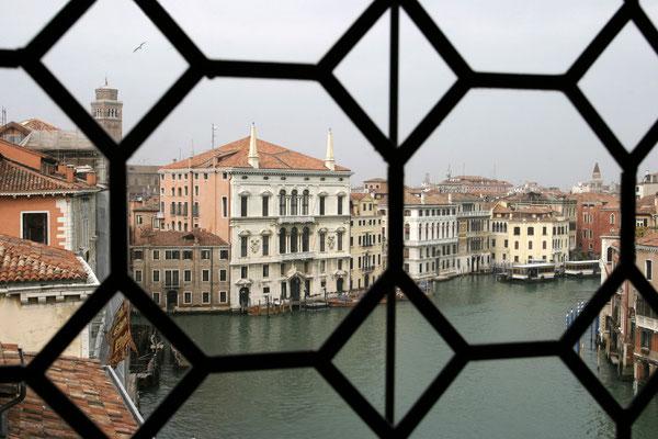 Blick auf den Palazzo Balbi am Canale Grande