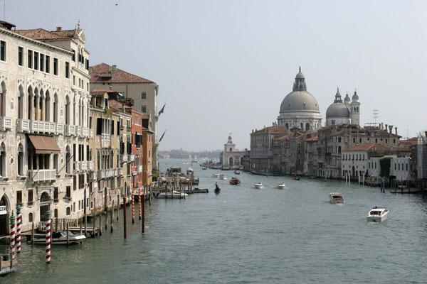 Canale Grande mit Blick auf Santa Maria della Salute