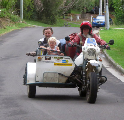 taking Andrew, Pippa and Indigo for a little ride