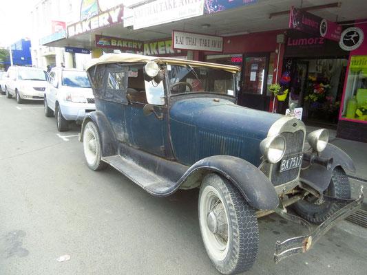 a very original model T in use  -  ein sehr originales T-Modell und noch immer im Gebrauch