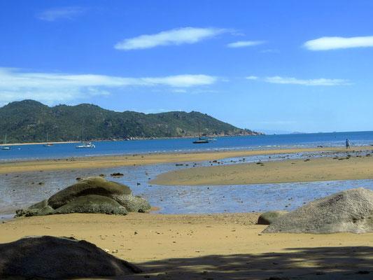 unglaublich viele schöne Buchten und Strände - there are loads of bays and beaches