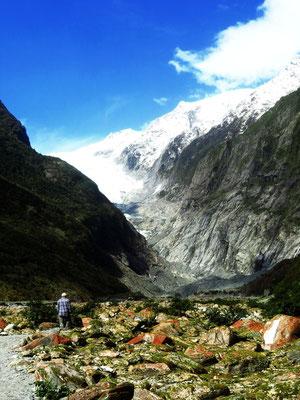 wandern in Richtung Franz Josef Gletscher  -  tramping to Franz Josef Glacier