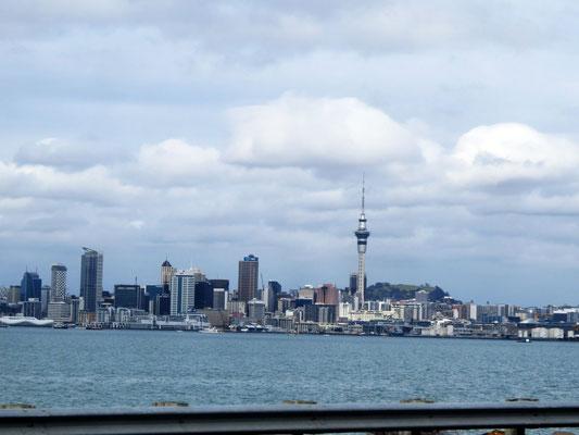 Auckland in passing by  -  Auckland, mehr haben wir davon nicht gesehen