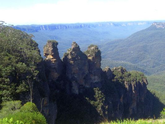 3 sisters in Katoomba