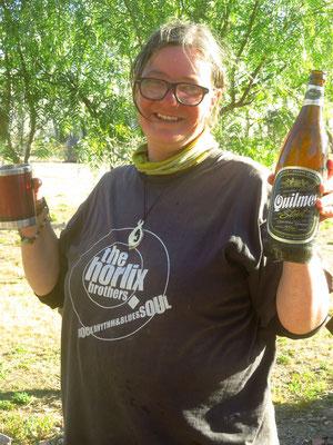 unser erstes argentinisches Bier  -  our first Argentinian bcerveza