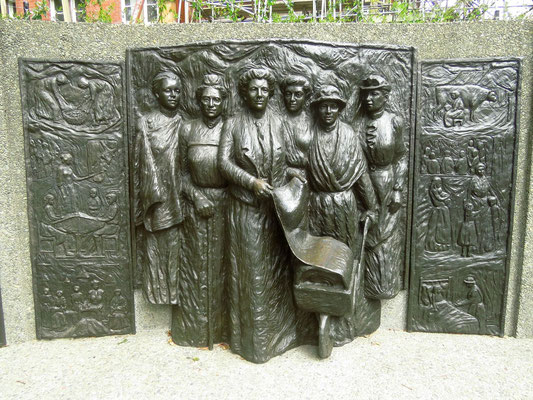 Memorial for the first country to give women voting rights  - NZ war das erste Land, das Frauen das Wahlrecht gab