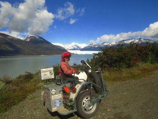 erster Blick auf Perito Moreno  -  first view of Perito Moreno