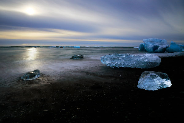ISLANDIA. Diamond Beach