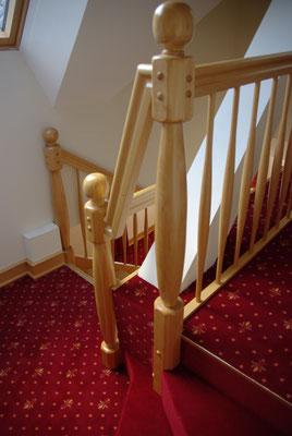Gedrechselte Treppenpfosten