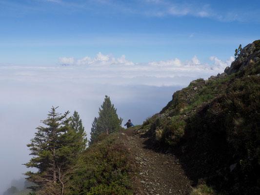 à la sortie des nuages