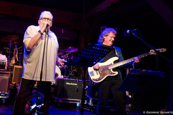 JCM ( Mark Clarke, Clem Clempson, Ralph Salmins) & Chris Farlowe