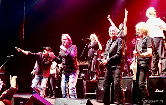 "from left: Marc Storace (Krokus), John Wetton (Asia), Ian Gillan (Deep Purple), Rick Parfitt (Status Quo) - ""Rock meets Classic"" 2015"