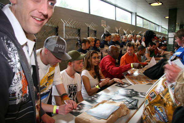 WSD-Basketbowl 2009-Autogrammstunde mit BerneZoo