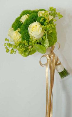 Brautstrauss mit gold