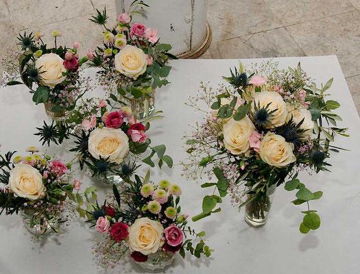 Brautstrauß und Tischdekoration