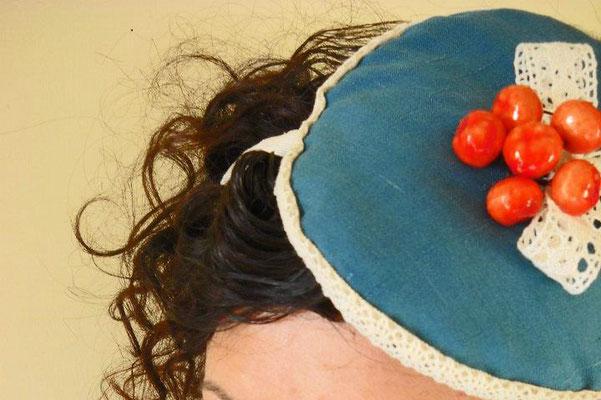 Le dive, mini hat anni '50. Lanico delle meraviglie