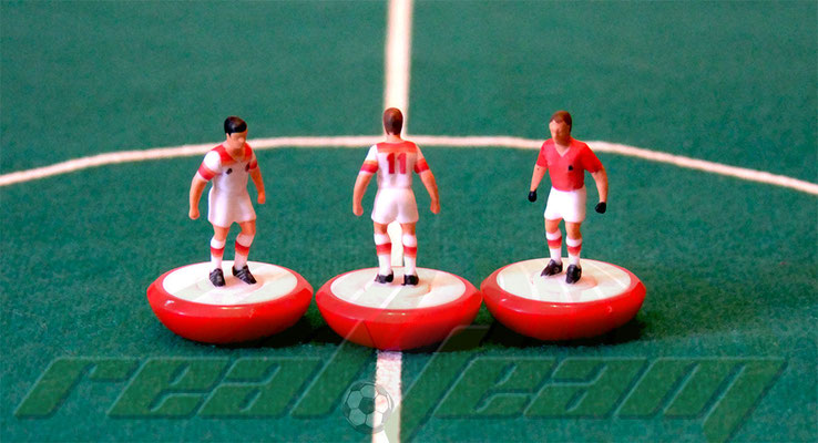 REAL TEAM. Miniature sportive per Subbuteo e fan di calcio