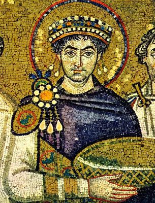 Fig.1: Giustiniano, mosaico sito nella Chiesa di S.Vitale a Ravenna
