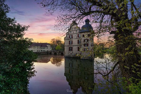 Das Haus Bodelschwingh ist ein Wasserschloss in Dortmund