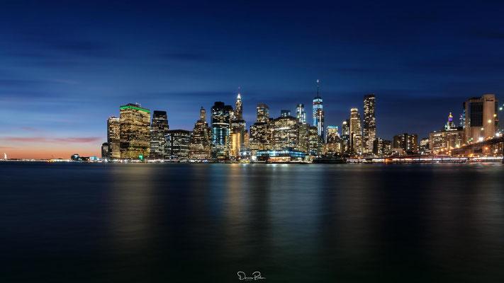 NYC Skyline nach dem Sonnenuntergang