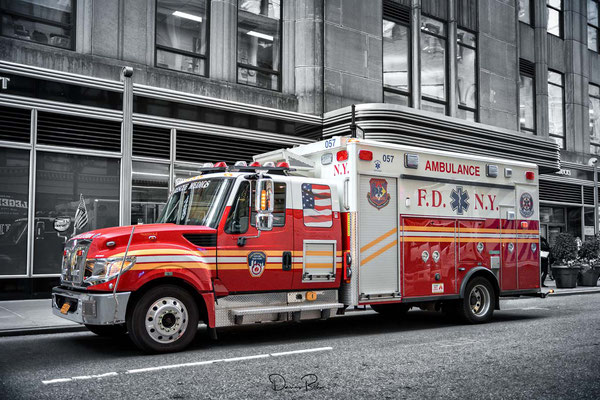 New York - Ambulance F.D.N.Y