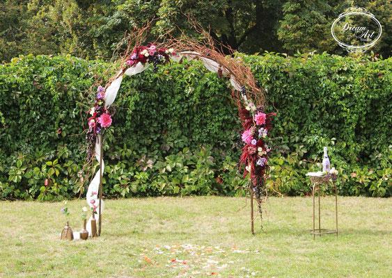 Ось така воно - кохання зі смаком :) Це весілля і день 12 вересня 2015 надовго запам'ятається нам, ну а молодята не забудуть ніколи ...