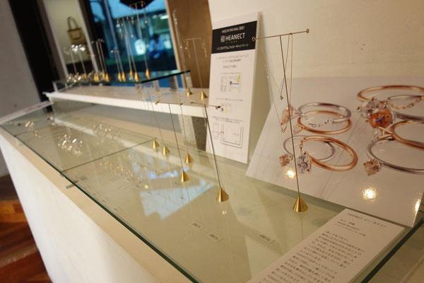 Exhibition ミンナココカラ ディスプレイ写真1