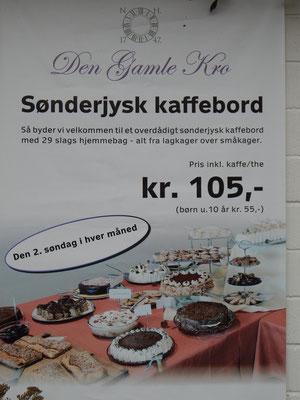 Bordesholmer Landfrauen; Kuchenbuffet in Dänemark