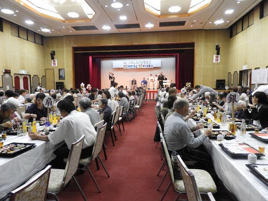 敬老会は全拠点の利用者さんが集まる一大イベント!