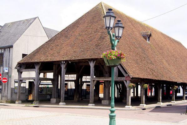 Halle de Sully-sur-Loire (Loiret)