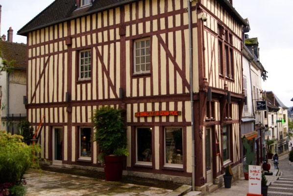 Maison à colombages (Joigny)