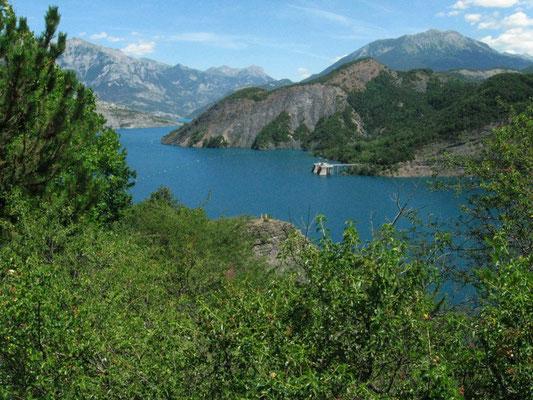Lac de Serre-Ponçon (Hautes Alpes)