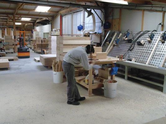 Fabricant français de meubles en petite et moyenne série